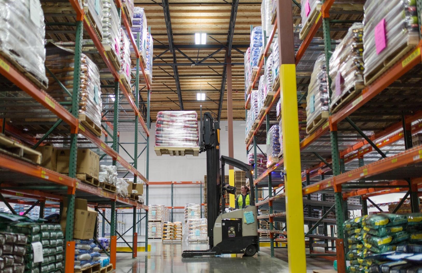 Pet Food Experts, Pacific Northwest Territory Warehouse, Fife Washington
