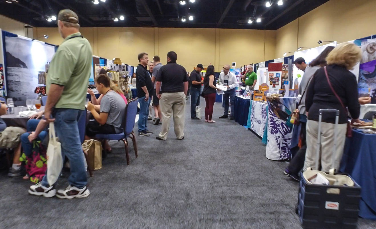 Pet Food Experts, PFEXPO Midwest Show, Trade Show Floor
